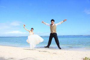 グアムで家族だけ結婚式費用の相場は?2人だけとどう違う?