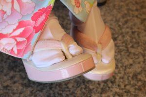 成人式の足袋をおしゃれに決めたい!刺繍や色は?防寒も重要!